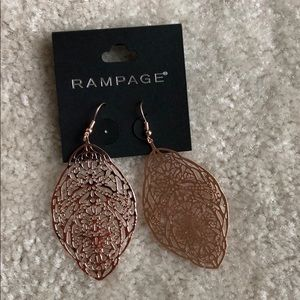 Rampage rose gold filagree earrings NEW